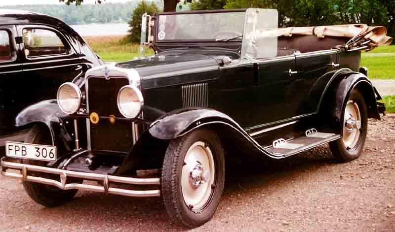 Фаэтон марки Chevrolet с опущенным тентом. США, 1929 год.